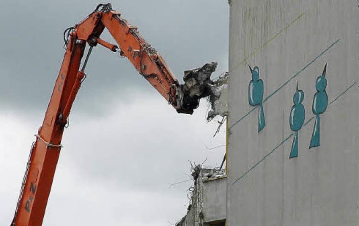 Im Mai 2012 hat die BASF mit Rückbauar...tergeht, gibt es offenbar noch keine.   | Foto: Ralf H. Dorweiler