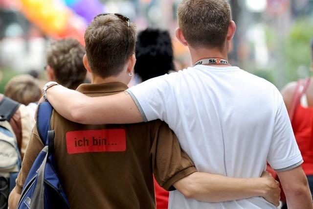Karlsruhe räumt Homosexuellen mehr Rechte bei Adoption ein