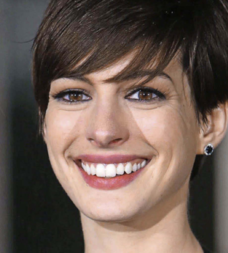 "Anne Hathaway Les Miserables Interview Video: Interview Mit Anne Hathaway über ""Les Misérables"""