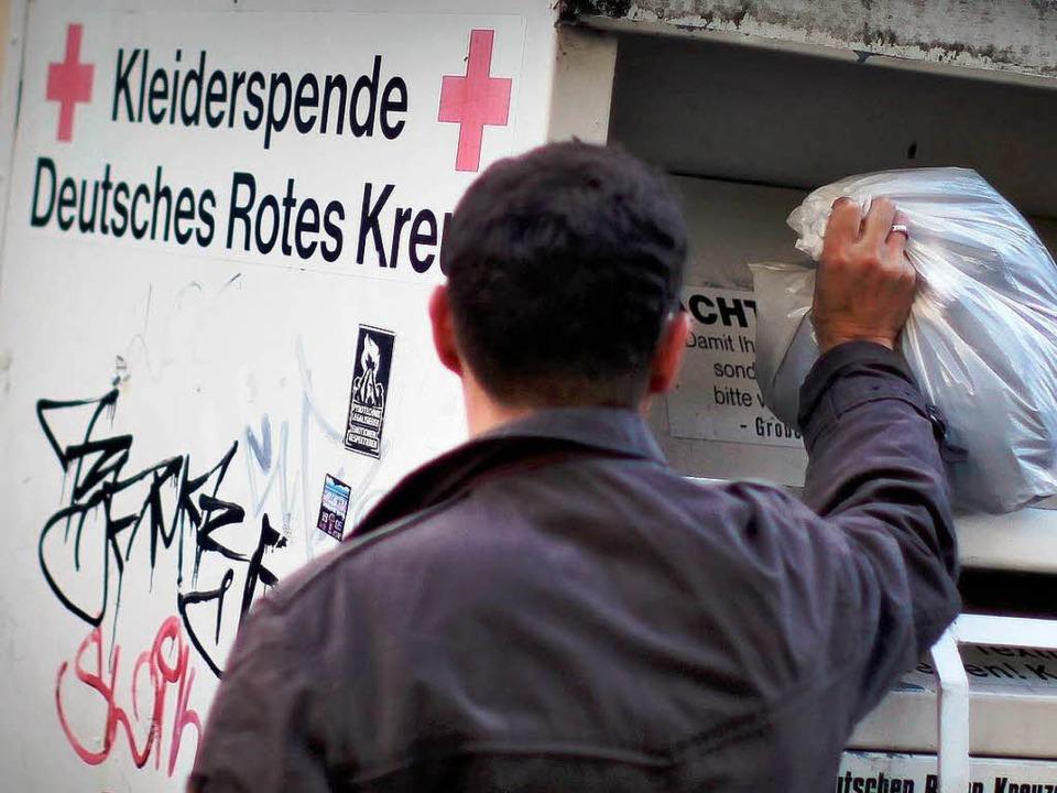 Das Rote Kreuz fühlt sich von der privaten Konkurrenz unter  Druck gesetzt.     Foto: dpa
