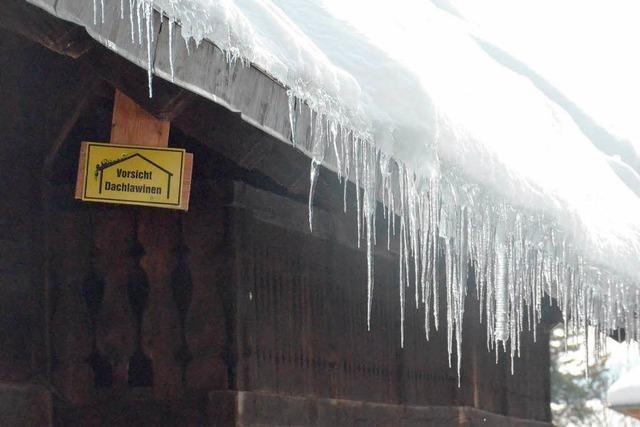 Hochschwarzwald: Die eisige Gefahr vom Dach