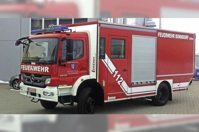 Feuerwehr freut sich über den neuen Gerätewagen