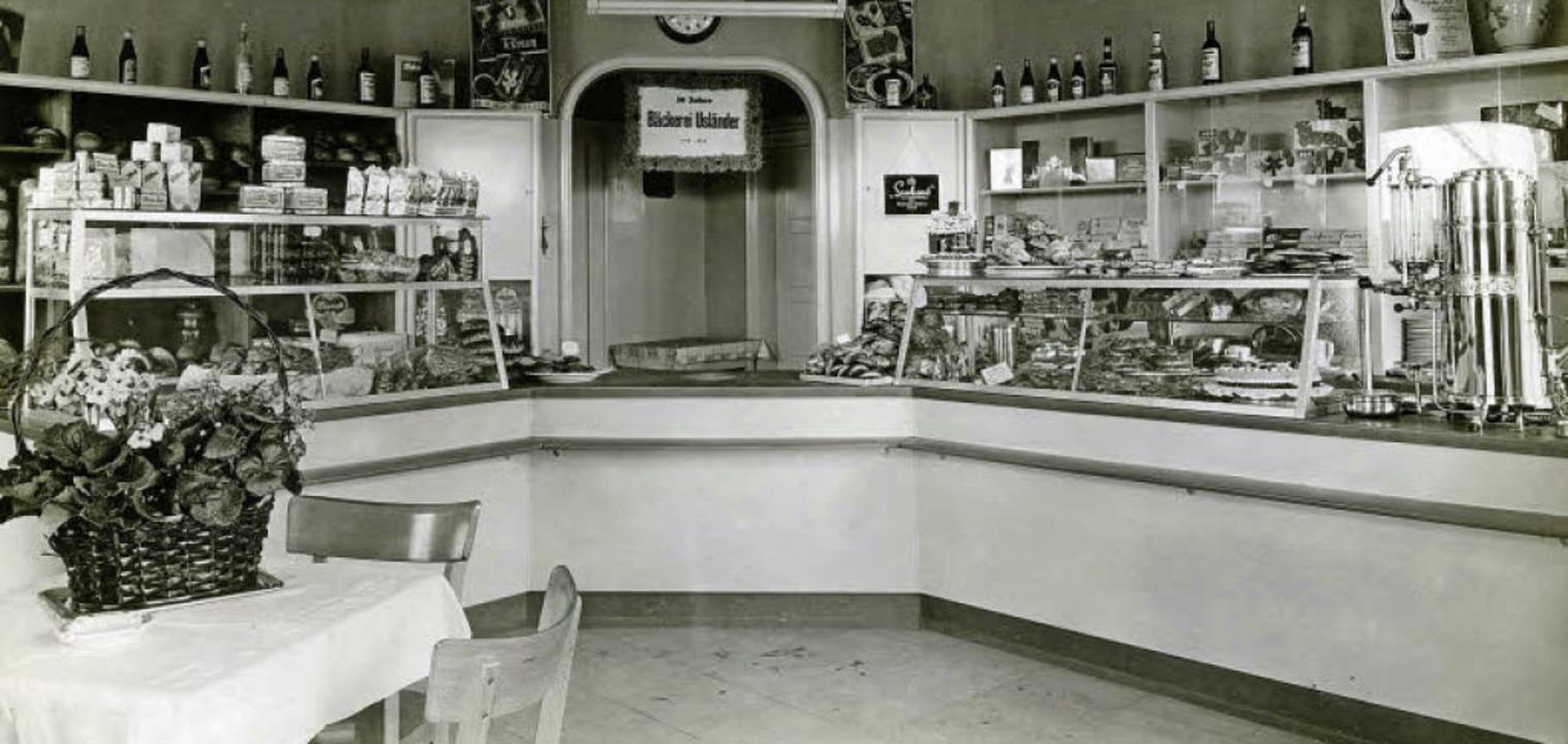 Die  Verkaufstheken und die große  Kaf...ine fielen damals besonders ins Auge.   | Foto: Archiv Manfred Gallo