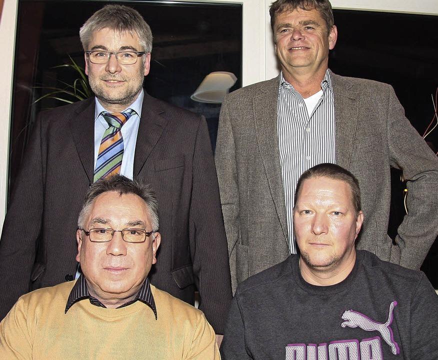 Führungswechsel beim TuS Mahlberg:  vo...enden  Thomas Schwarz und  Harald Kern  | Foto: sandra decoux-kone