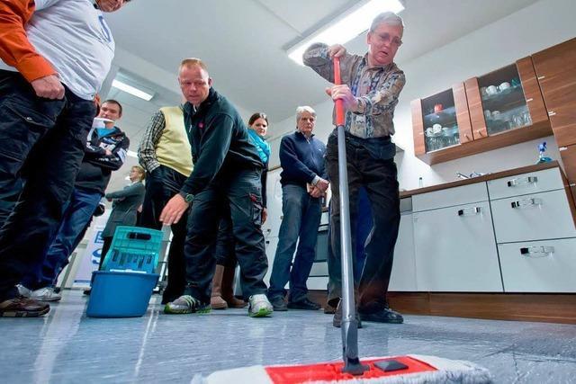 500 Wischmopps aus Seniorenheim geklaut