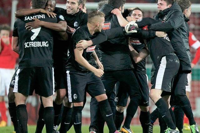 SC Freiburg: Die Fans feiern ihre Pokalhelden