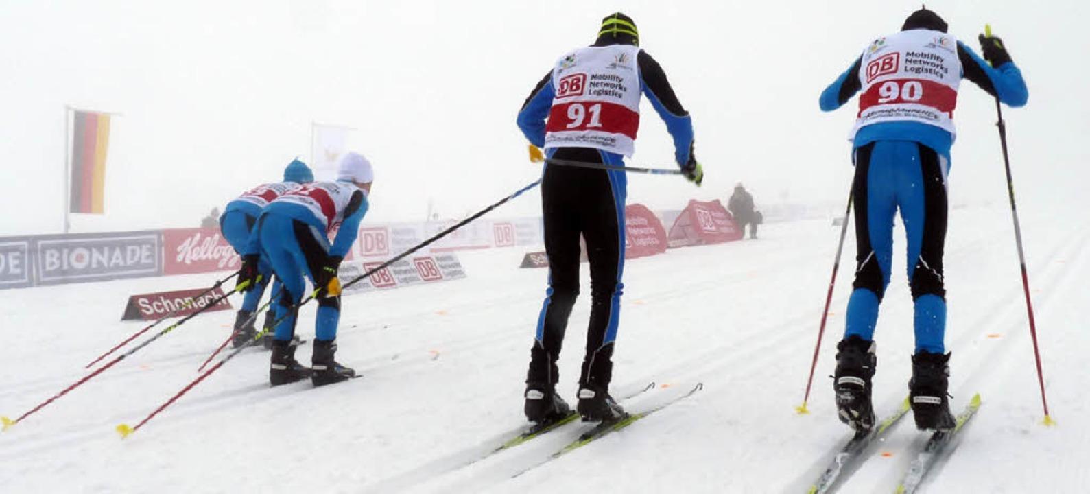 Und weg sind sie: Die Konkurrenten sah...n hinten. Und vorne wartete Team-Gold.  | Foto: Johannes Bachmann