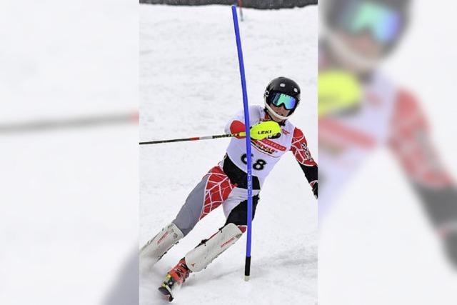 Wintersport satt im tief verschneiten Schwarzwald