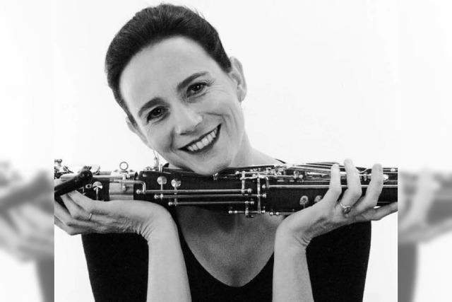 Solisten der Holst-Sinfonietta spielen in der Elisabeth-Schneider-Stiftung