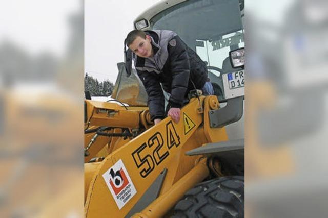 Ausbildungsberuf Baugeräteführer: Baggern gehört für Marcel Dietrich zum Geschäft
