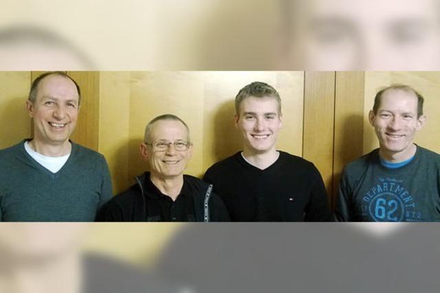 Mit drei Kampfrichtern in neue Saison