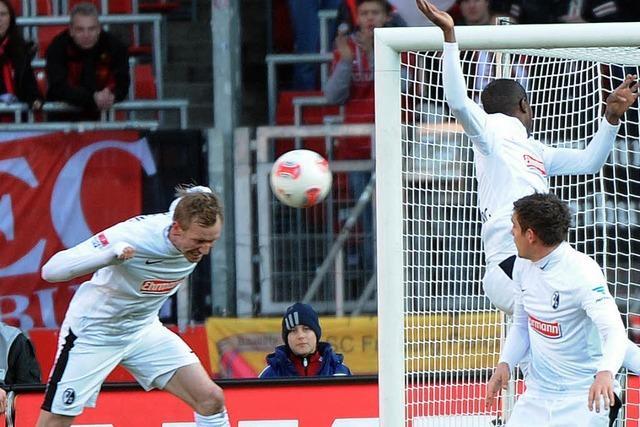 Handelfmeter gegen den SC Freiburg: Harte Nuss für Regelkundler