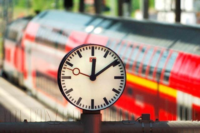Bahn muss Bahnhöfe nachrüsten – bessere Infos über Verspätungen