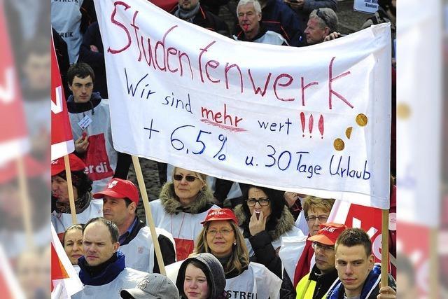 Warnstreik der Landesbeschäftigten - Protestnote für Stuttgart