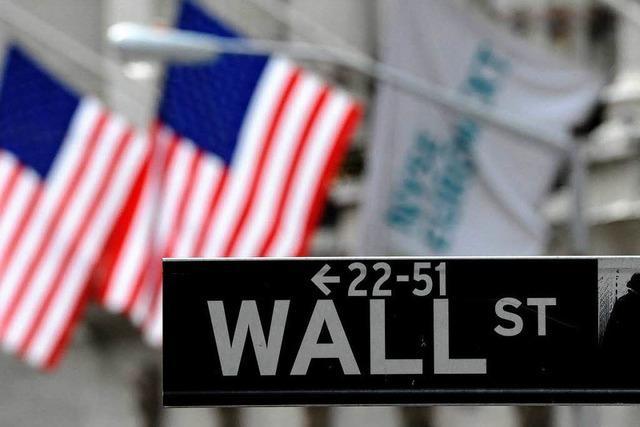 Mickrige Zinsen - Anleger kaufen verstärkt Aktien