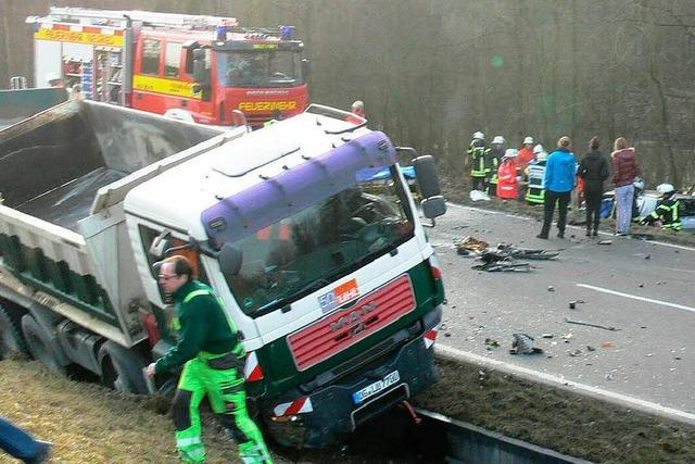 Schwerer Unfall am Mittwochmorgen bei Neuried
