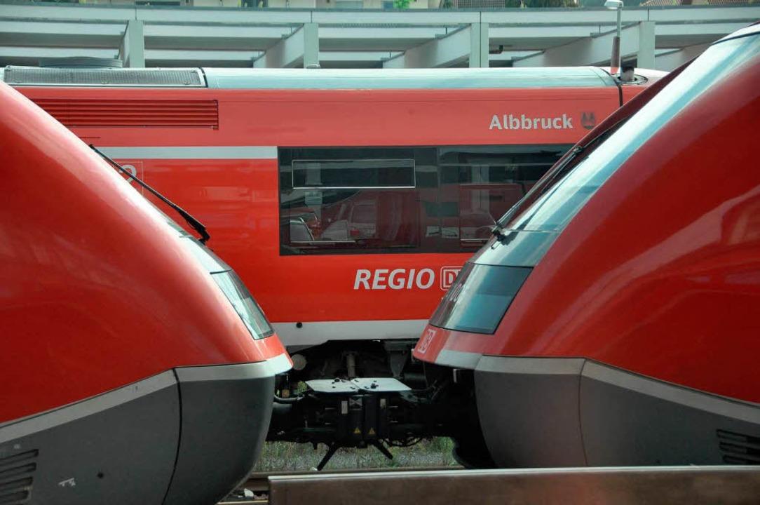 Die Dieselzüge am Hochrhein sollen mög... durch strombetriebene ersetzt werden.  | Foto: Daniel Gramespacher