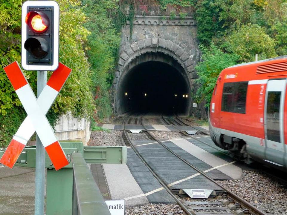 Eine Hürde für den Strom: die Tunnel  | Foto: Saskia Baumgartner