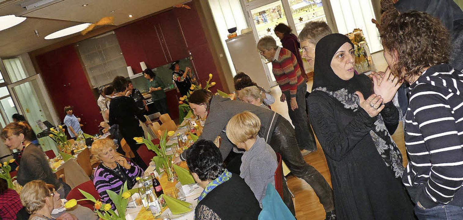 Gelegenheit zu Austausch und Feiern: d...ernationale Frauentag auf dem Salzert.  | Foto: Claudia Gabler