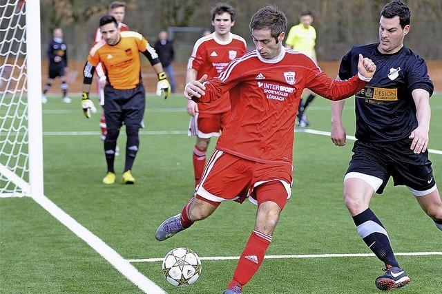 FC Huttingen bringt sich in Lauerstellung