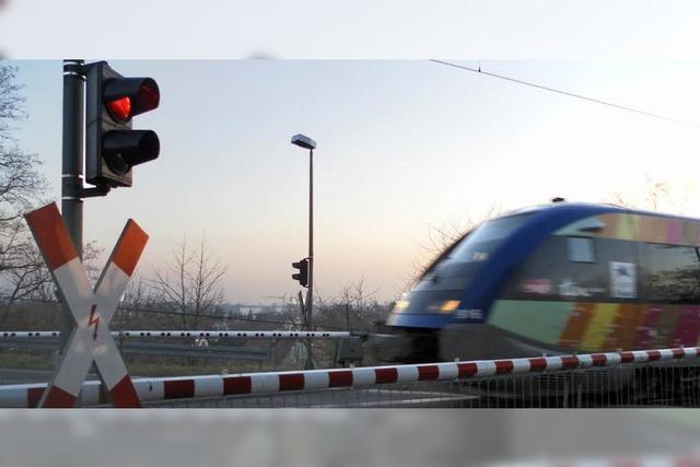 Autofahrer wundern sich über längere Wartezeiten vor den Bahnschranken