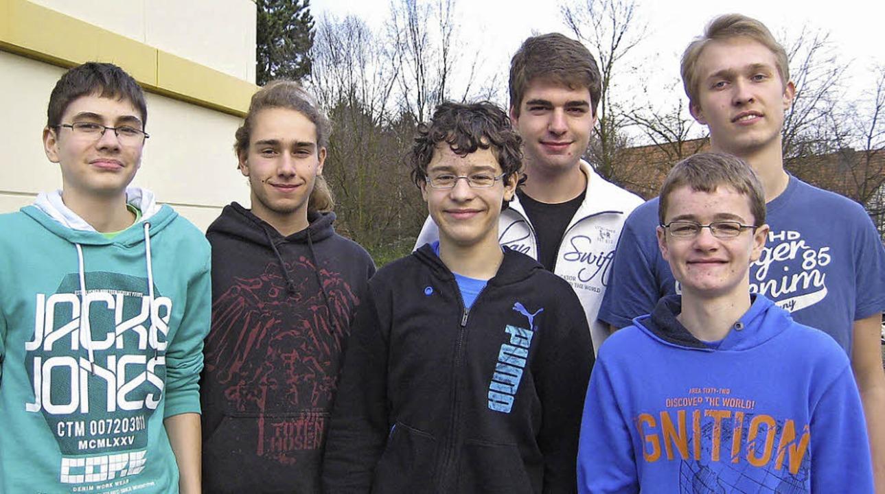 Das ist die U-20-Mannschaft des Schach... und Leonard Wendering aus Heitersheim  | Foto: raske