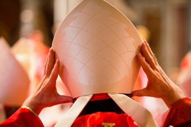Kardinäle ziehen ins Konklave ein