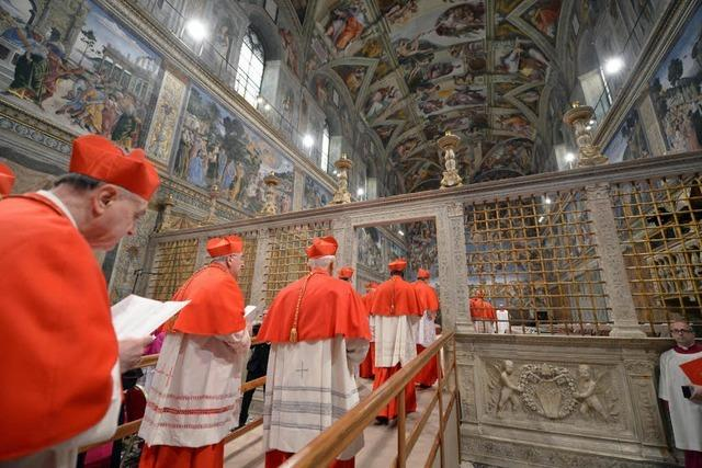Schwarzer Rauch – Noch keine Entscheidung bei Papstwahl