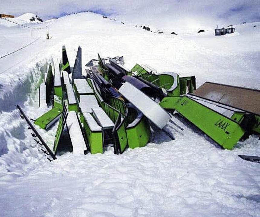 Schrott? Nein, Hindernisse auf dem Friedhof   | Foto: Snowpark Laax