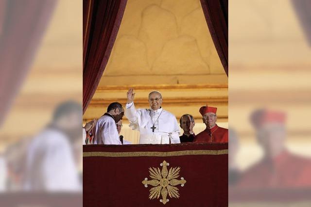 Franziskus wählt seinen Namen als Zeichen für die Armen