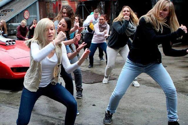 Videos: Baden zappelt ab zum Harlem Shake