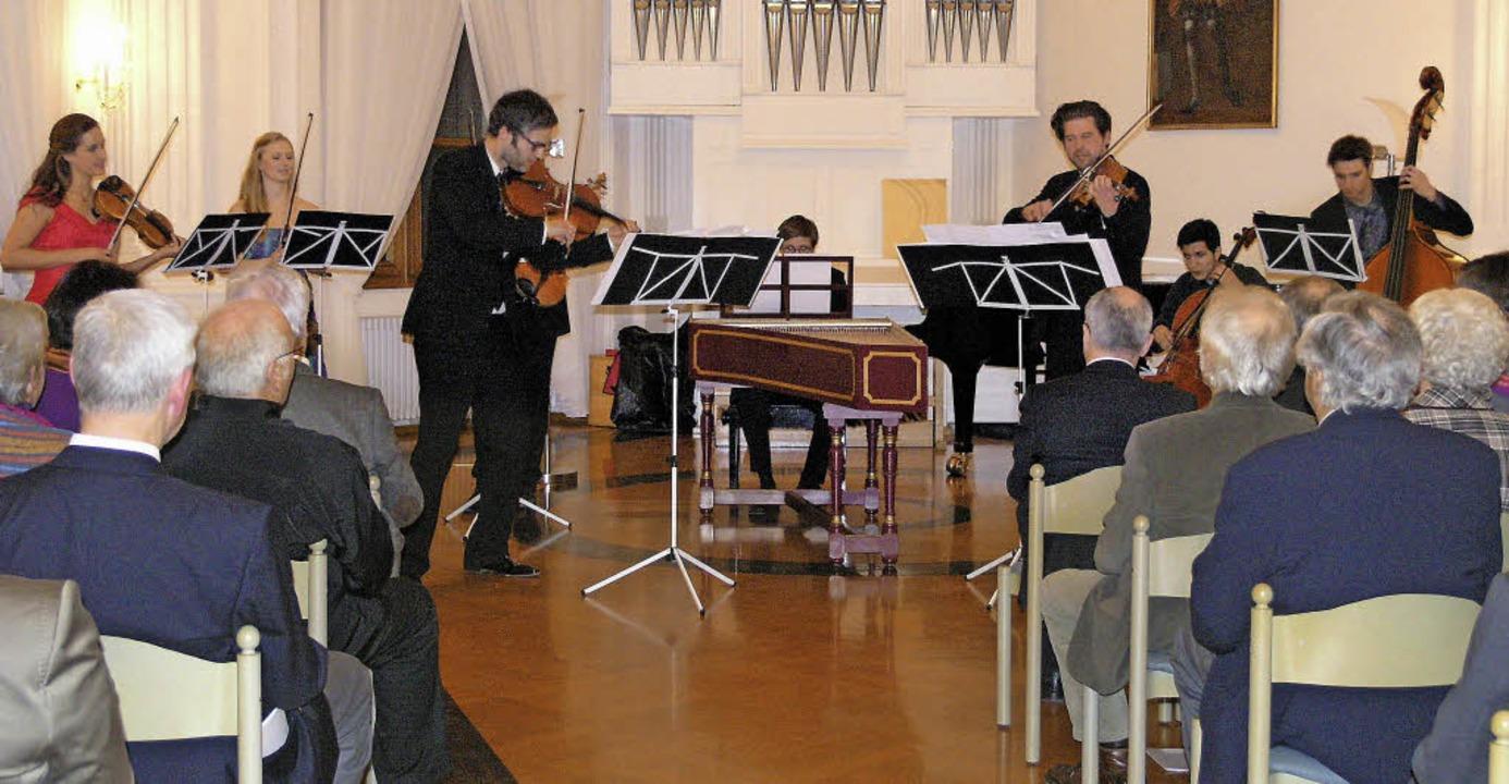 Die beiden Förderpreisträger der Volks...d eine Klavierbegleiterin mitgebracht.  | Foto: Margrit Matyscak