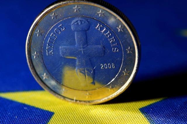 Zyperns Parlament lehnt das Rettungspaket ab