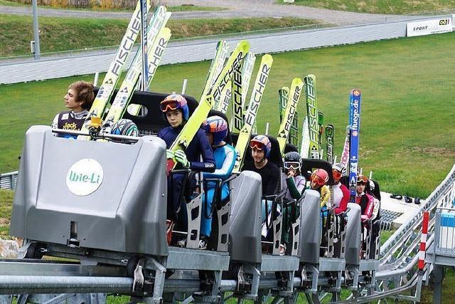 Hinterzarten baut eine neue Aufstiegshilfe im Skistadion