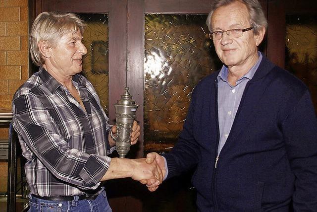 René Duhamel gibt das Zepter an Toni Pertler ab