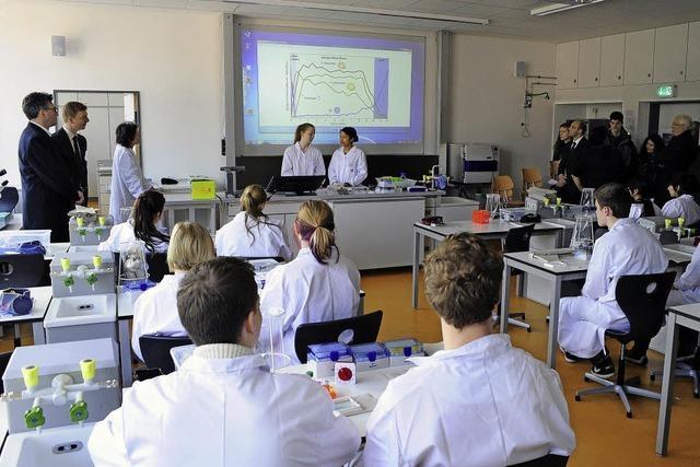 Klassenzimmer mit Münsterblick