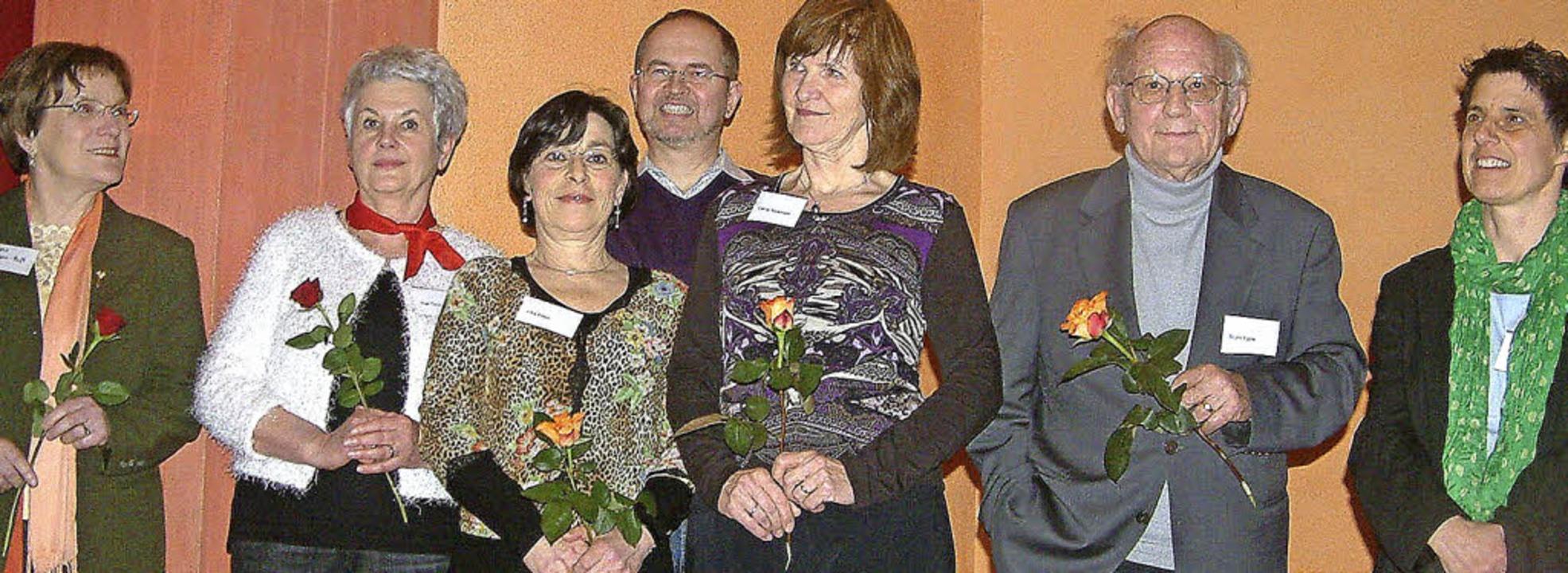 Viele alemannische Autorinnen und Auto...Literaturwerkstatt zum Silberjubiläum.  | Foto: Roswitha Frey