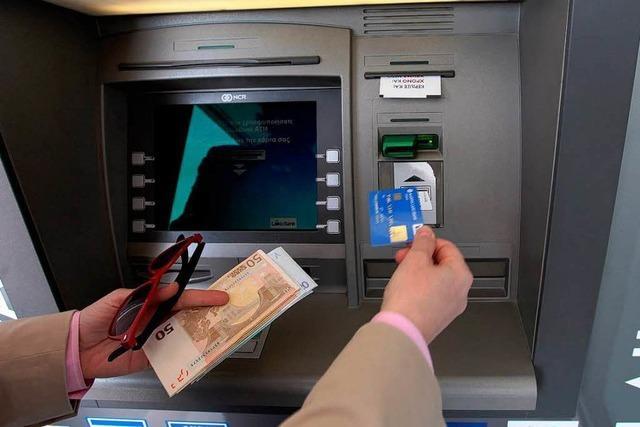 Zyperns Banken öffnen doch erst am Donnerstag