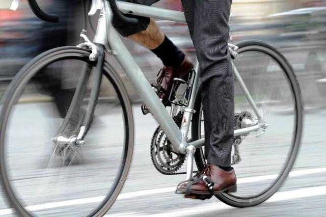 Welche höheren Bußgelder Rad- und Autofahrern drohen
