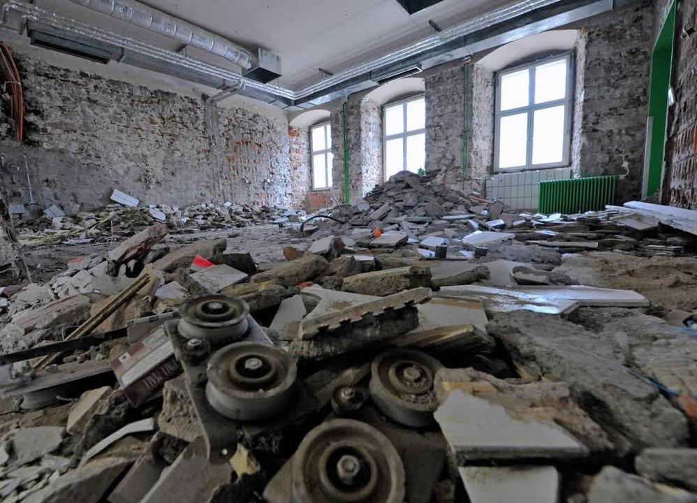 Im alten Kartäuserkloster legen die Ba...tsche United World College richtig los    Foto: Michael Bamberger