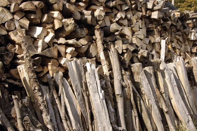 Ein Volksfest fürs günstige Brennholz