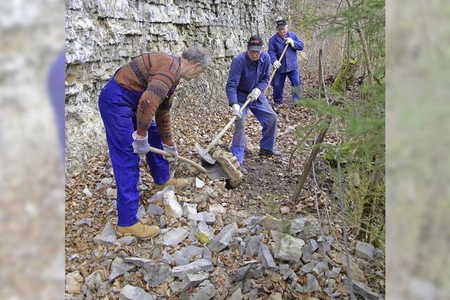 Erdrutsche und Steinschlag werden beseitigt
