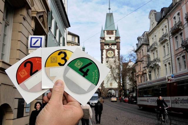 Umweltzone Freiburg: Stadt zögert bei Plaketten-Kontrolle