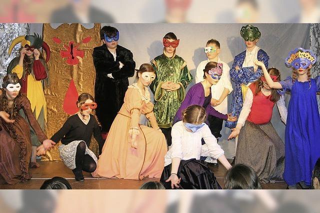 Spannende und zugleich vergnügliche Theaterabende