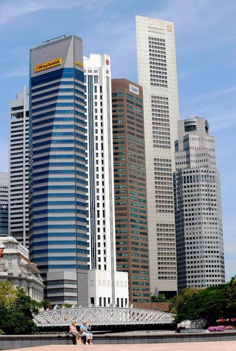 Eine beliebte Steueroase: Der Stadtstaat Singapur.  | Foto: ROSLAN RAHMAN