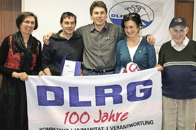Auszeichnungen für bewährte Stützen der DLRG