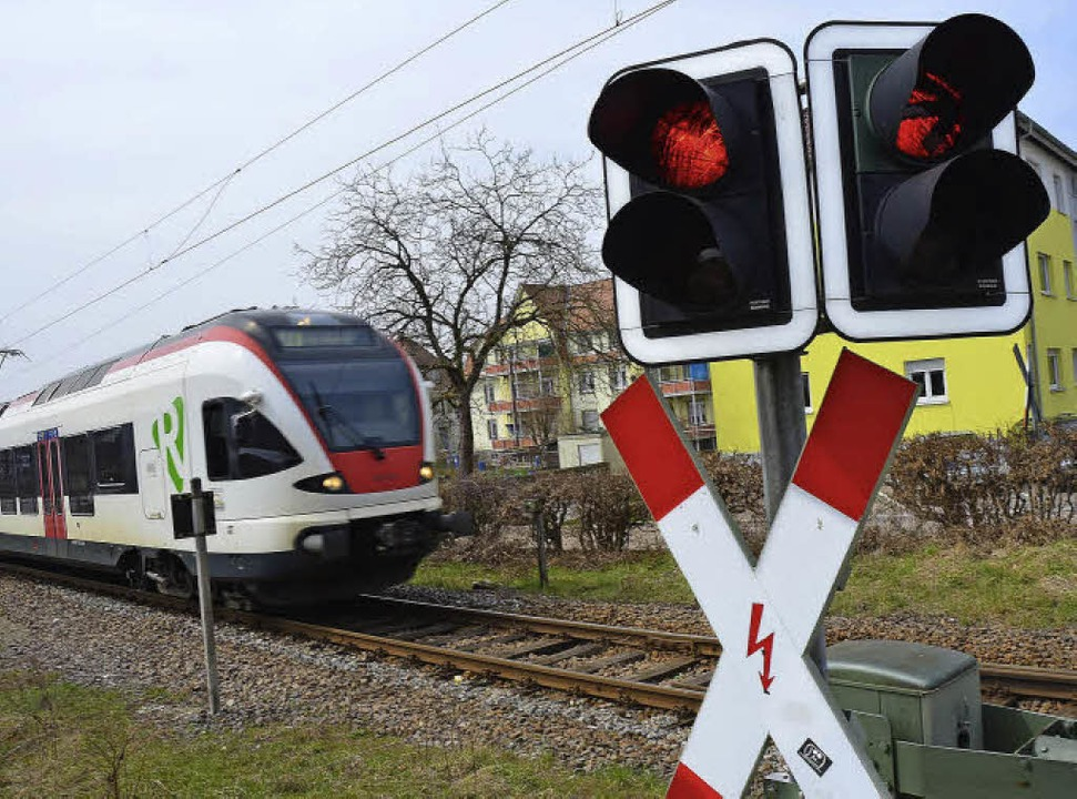 Auf Rot stehen die Signale für einen B...sein, so Bürgermeister Christof Nitz.   | Foto: André Hönig