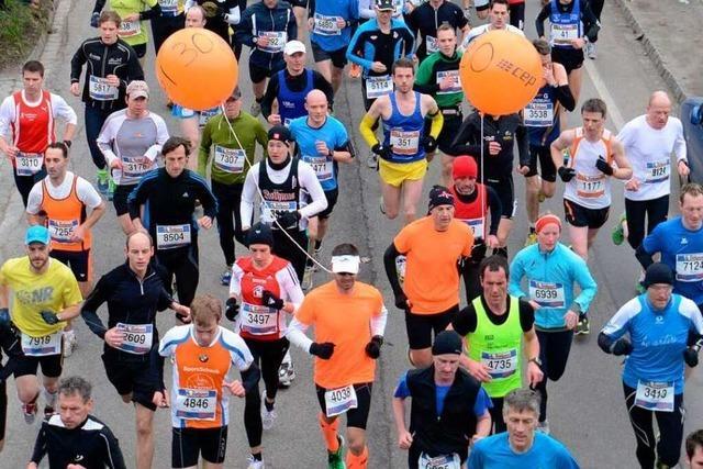 10. Freiburg-Marathon: Triple für Benz, entspannte Ärzte, gezeichneter Boxer
