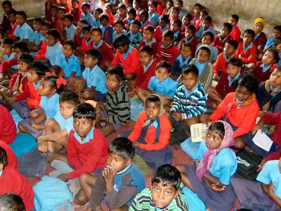 In Bartua teilen sich 136 Schüler eine...s Lucy-Hilfswerk eine neue Schule mit.  | Foto: Michael Siebert