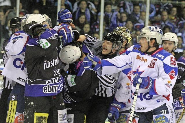 Der Eishockey-Zweitligist kann dank 4:0-Sieg in Ravensburg ins Playoff-Finale einziehen